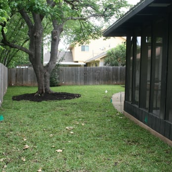 River rock lawn and landscaping 68 photos 31 reviews for Landscaping rocks austin