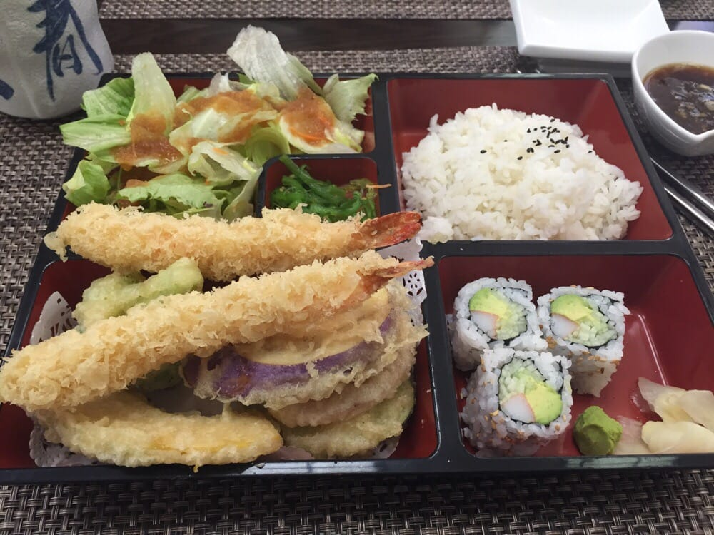 Shrimp vegetable tempura bento box lunch special served for Aoi japanese cuisine newport