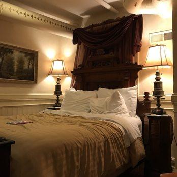 Chateau tivoli bed breakfast inn 115 photos 91 for Chatodax tavoli