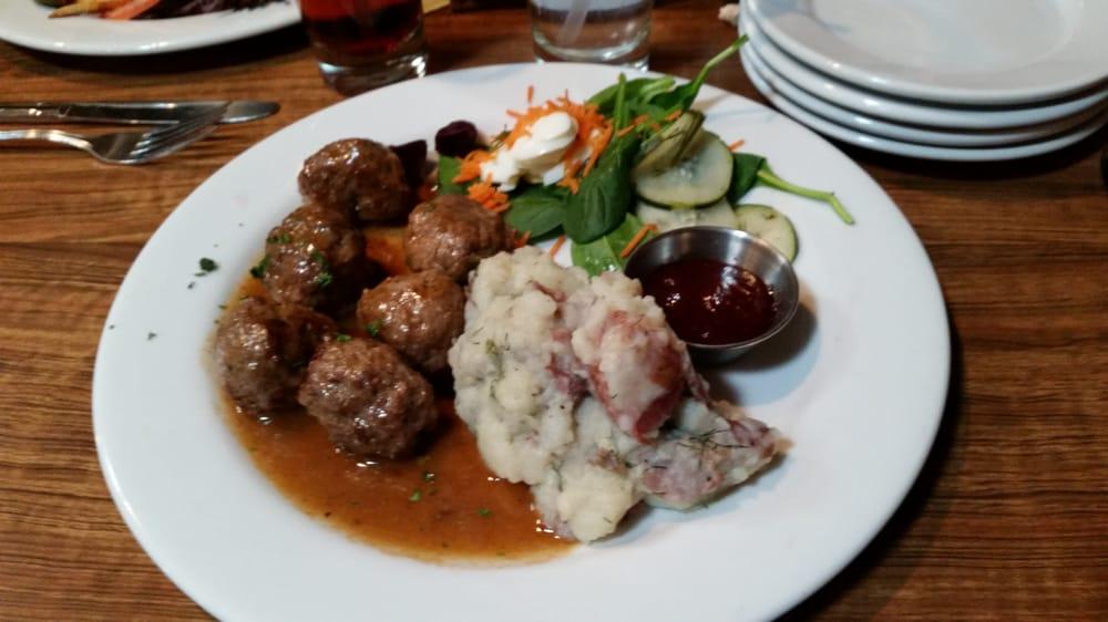 The Swedish Crown Restaurant: 121 N Main St, Lindsborg, KS