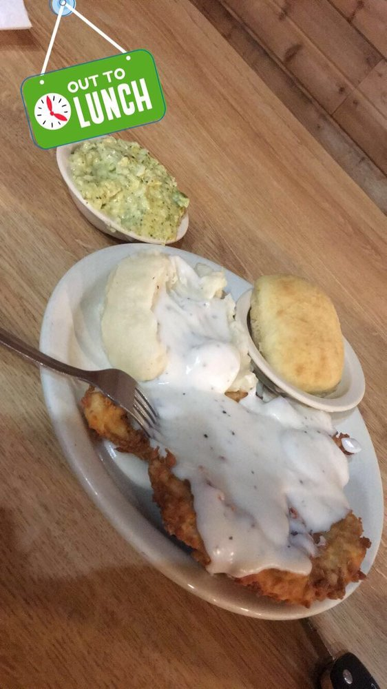 Lercy's Diner: 2122 S Hwy 124, Stowell, TX