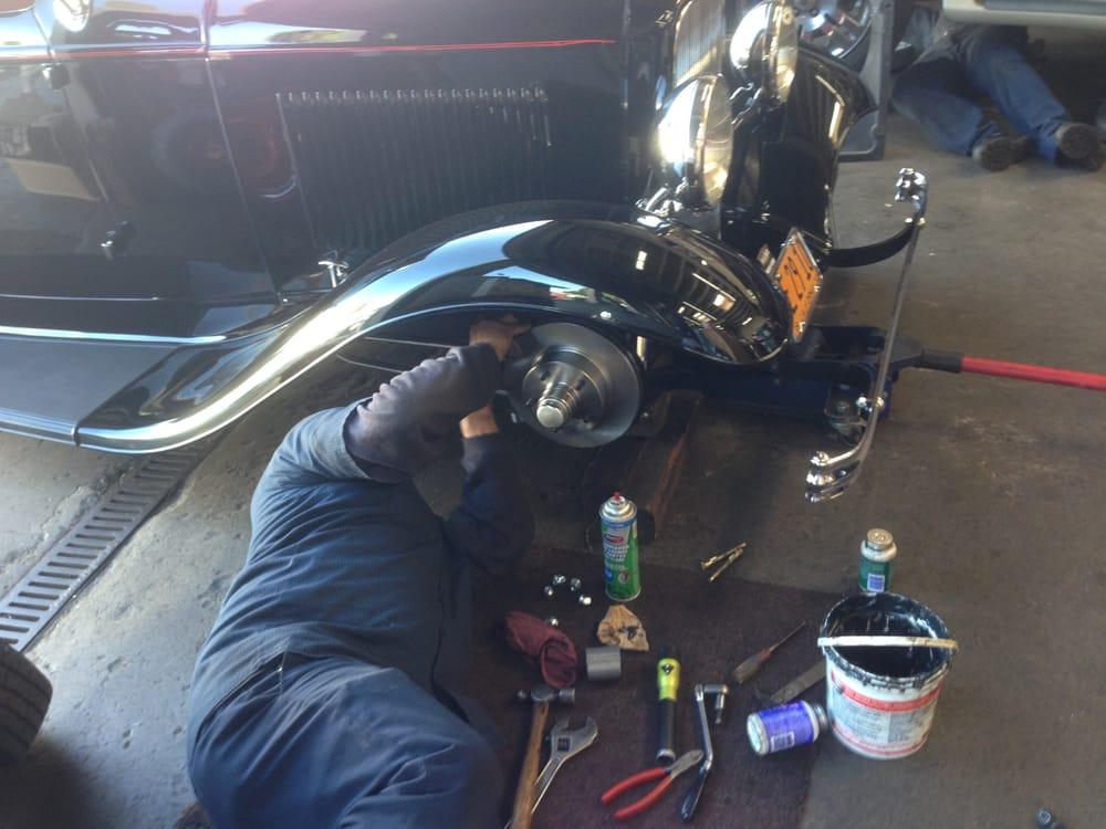 Bob's Garage: 4492 Carpinteria Ave, Carpinteria, CA