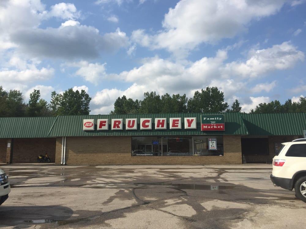 Fruchey Family Martket: 360 N Ross St, Beaverton, MI