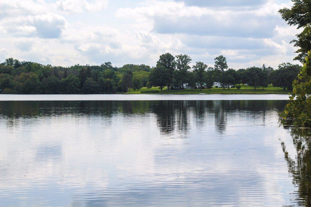 Memorial Lake State Park: 18 Boundary Rd, Grantville, PA