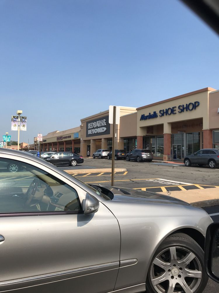 Lake Success Shopping Center: 1526A Union Tpke, New Hyde Park, NY