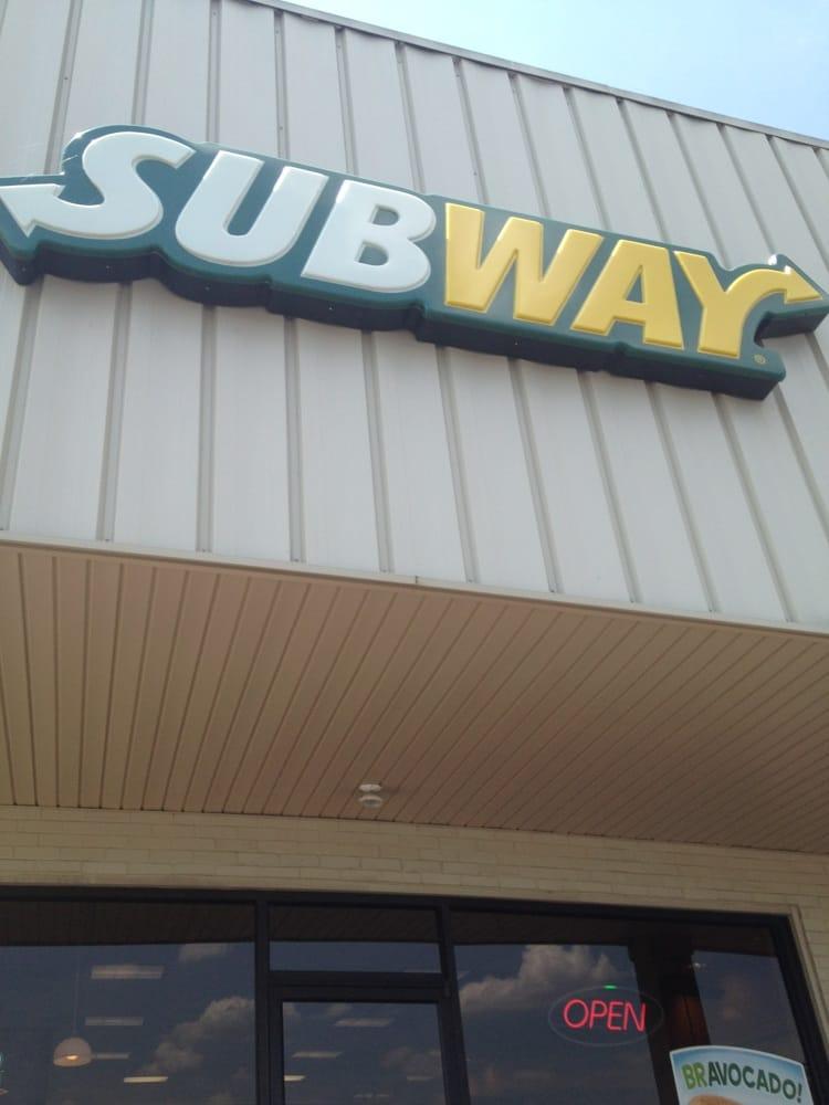 Subway: 124 Sugar Maple Dr, Auburn, KY