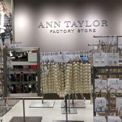 22a57d8d170d Ann Taylor Factory Store - Accessories - 7000 Arundel Mills Cir ...