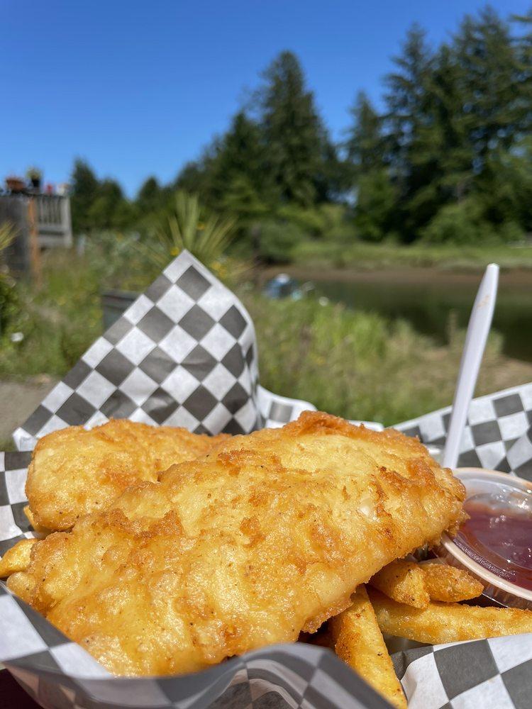 Riverside Fish and Chips: 35915 Hwy 101 N, Nehalem, OR