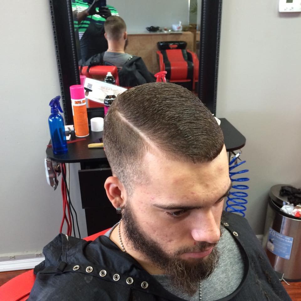 Sharp Bladez Barbershop-Salon: 12820 Kenwood Ln, Fort Myers, FL