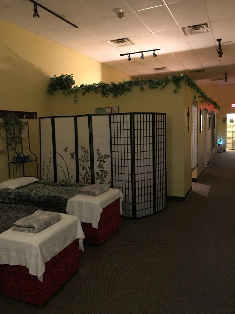 W Foot Massage: 12804 Gulf Fwy, Houston, TX