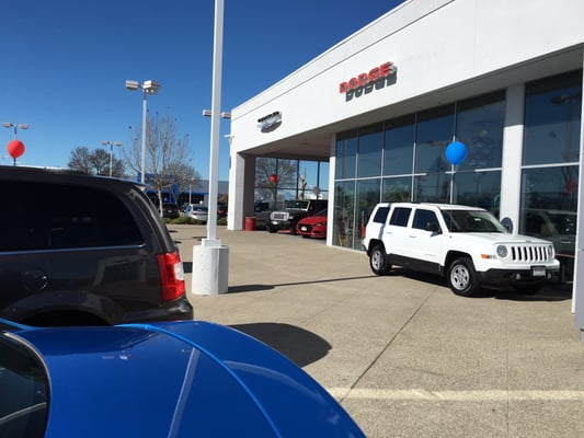 Premier Chrysler Dodge Jeep Ram Of Tracy 3460 Naglee Rd Tracy Ca