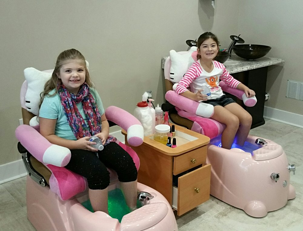 Beauty Nails And Spa: 1209 1st St N, Alabaster, AL