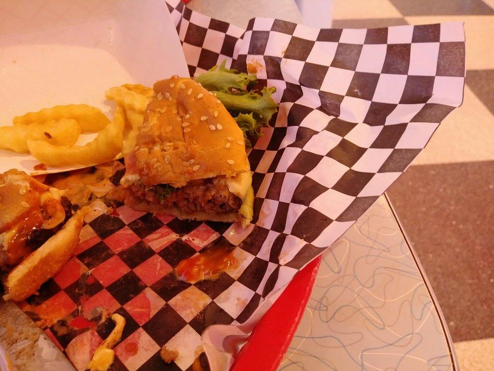 Blue Ribbon Diner: 1004 Mebane Oaks Rd, Mebane, NC