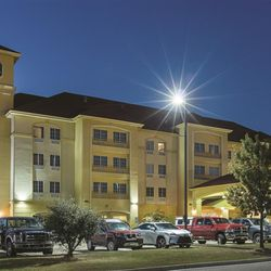 Photo Of La Quinta Inn Suites Mt Pleasant Tx