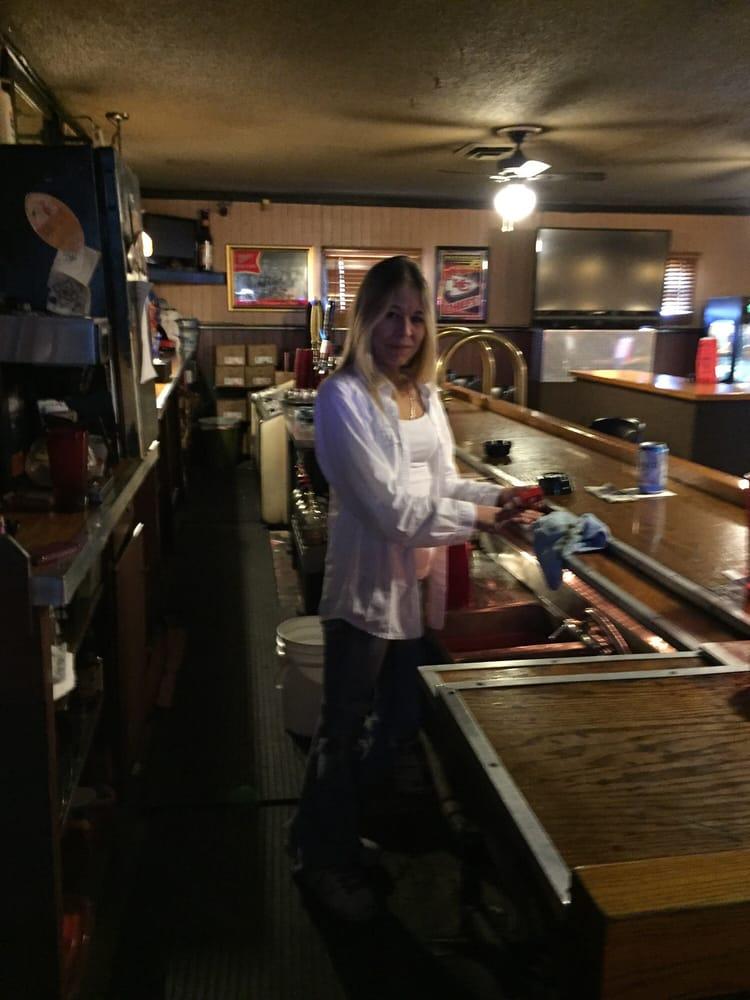 The Depot Saloon Restauranger 2706 N Bell St Kansas