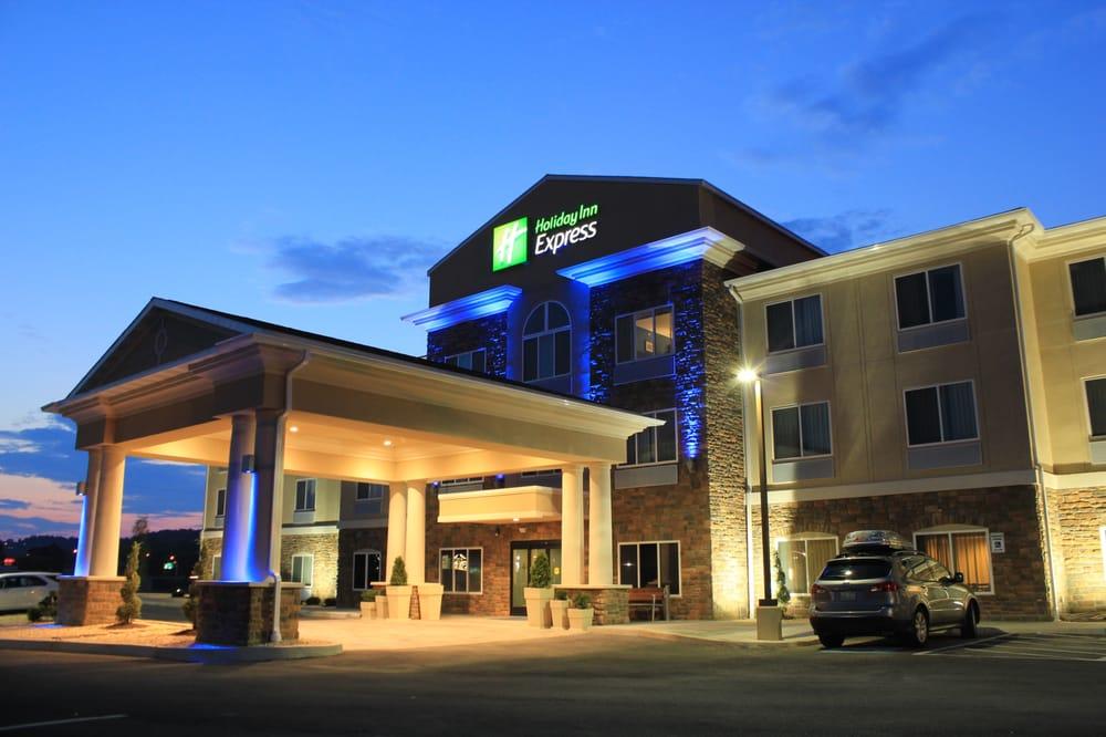 Holiday Inn Express & Suites Belle Vernon: 181 Finley Rd, Belle Vernon, PA