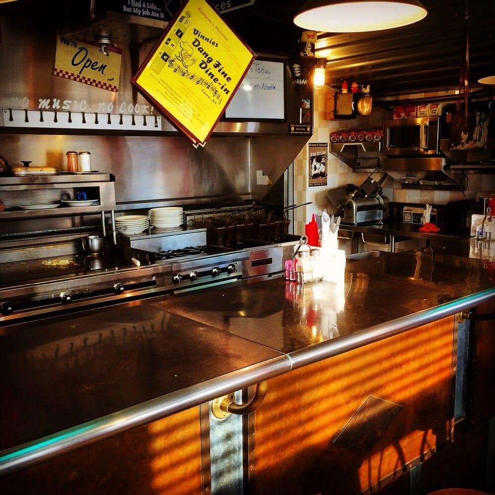 Vinnies Dang Fine Dine: 306 W Hatting St, Luverne, MN