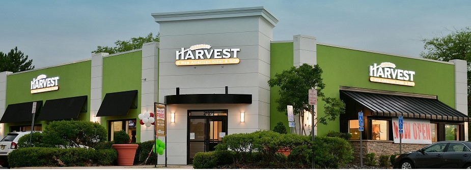 Harvest New American Diner and Grill: 21035 Dalles Town Cir, Sterling, VA