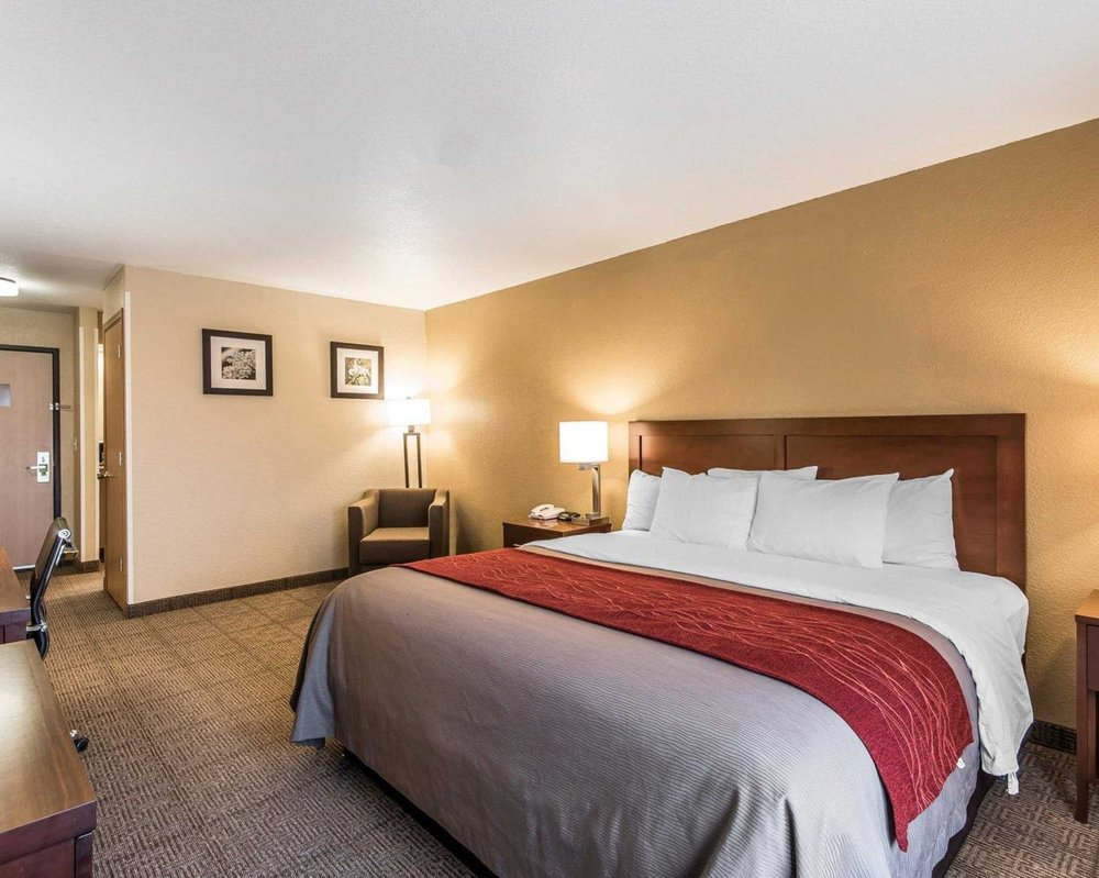 Quality Inn & Suites: 496 South 39th St, Bethany, MO