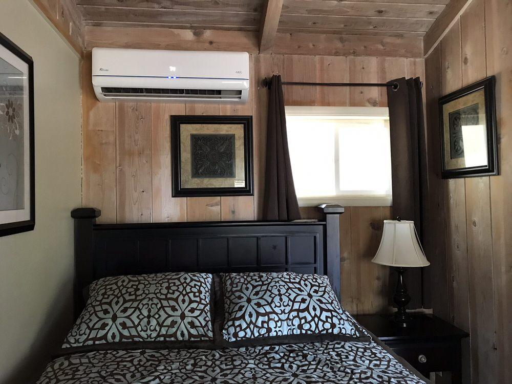 Rock Creek Inn: 6220 State Hwy 193, Georgetown, CA
