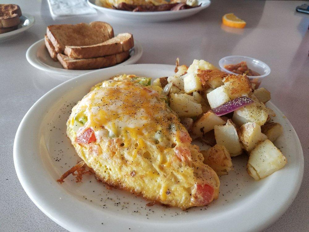 Times 3 Family Restaurant: 1265 W Main St, Quartzsite, AZ
