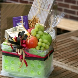 A naturally different gift gift baskets flowers gifts 472 photo of a naturally different gift gift baskets london on canada negle Choice Image