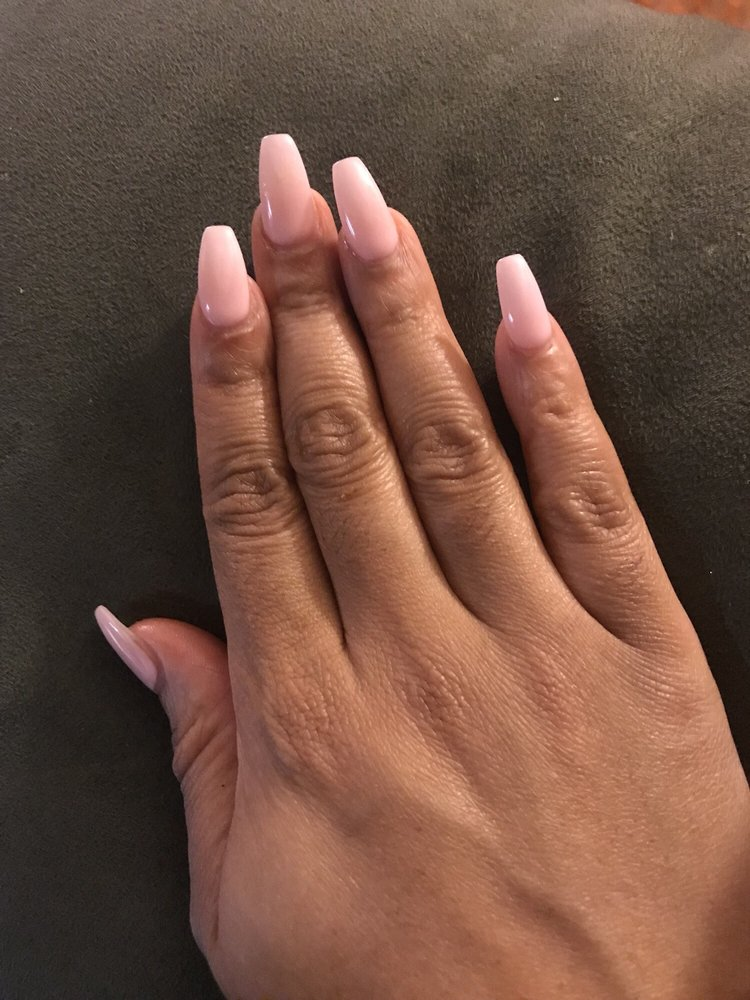 Davis Nails: 11491 Berry Rd, Waldorf, MD