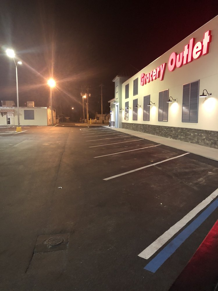 Grocery Outlet: 902 Ohio Ave, Lynn Haven, FL