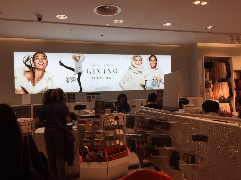 H&M: Cherry Hill Mall, Cherry Hill, NJ