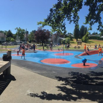 Hume Park Playgrounds Holmes Street E Columbia Street New Westminster Bc Canada Yelp