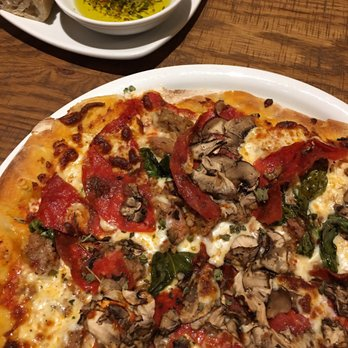California Pizza Kitchen - 136 Photos & 216 Reviews - American (New ...