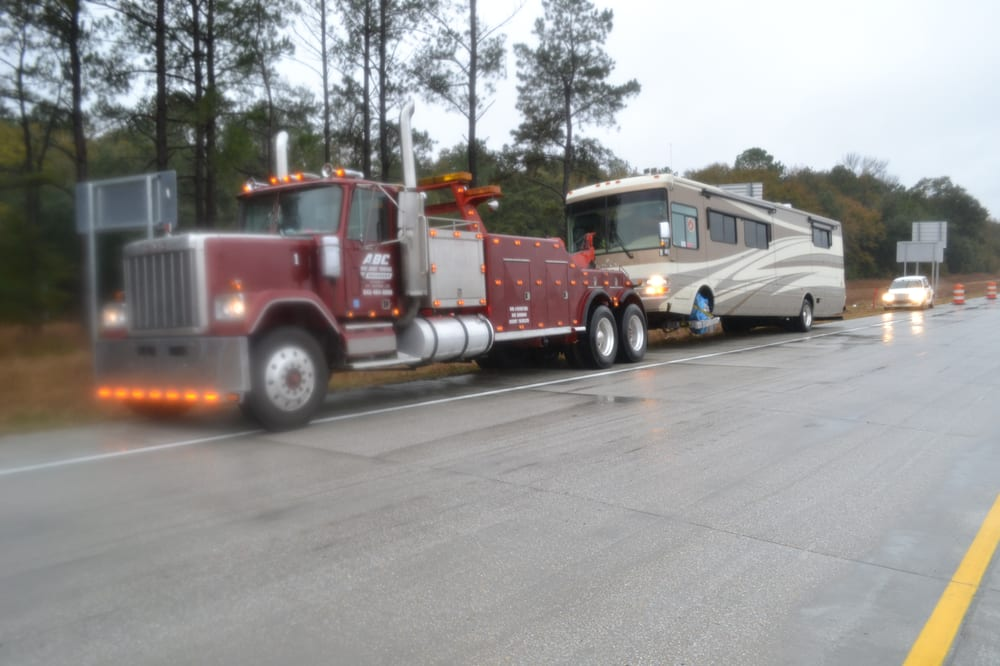 ABC Discount Towing and Recovery: Dillon, SC