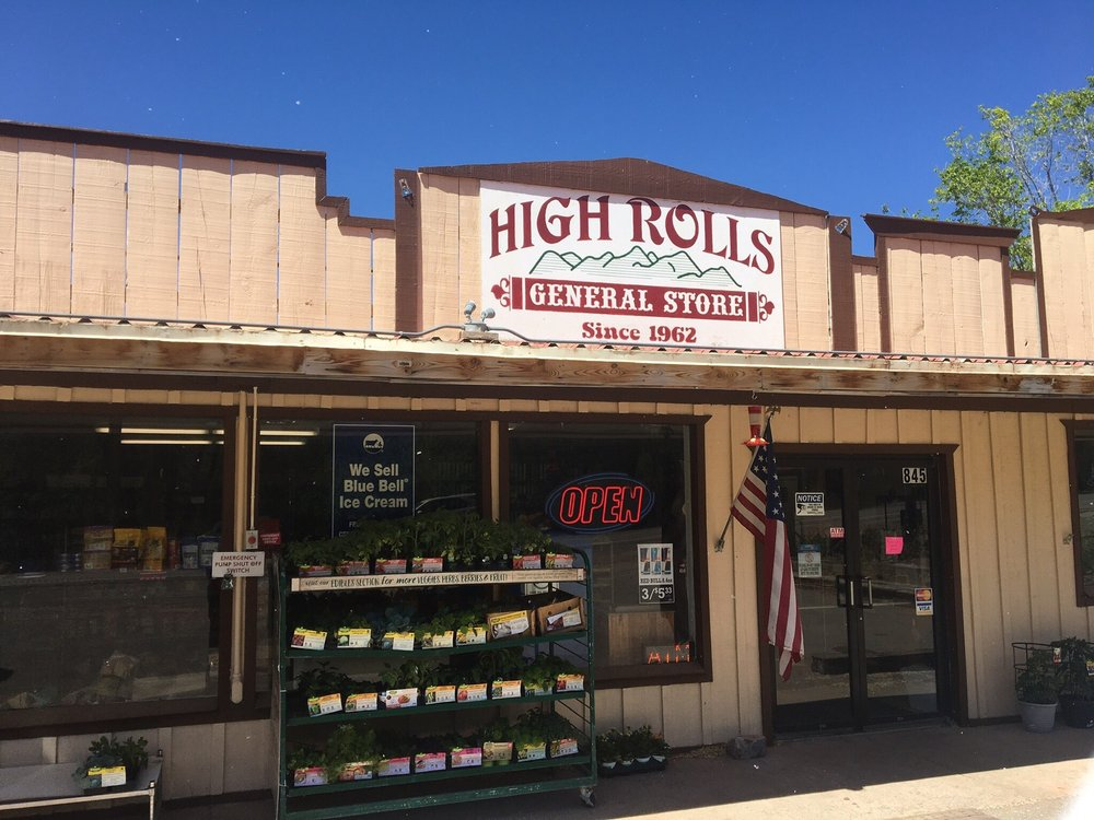 High Rolls General Store: 845 US Hwy 82, High Rolls, NM