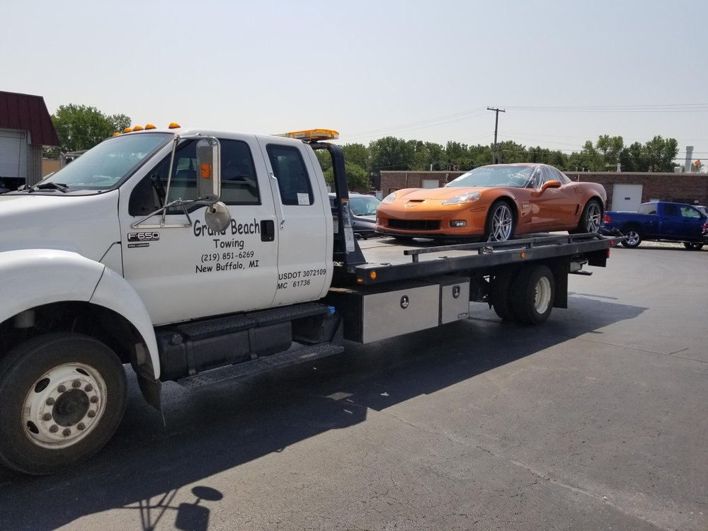 Grand Beach Towing: 13964 Grand Ave, New Buffalo, MI