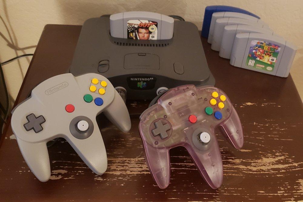 GameStop: 27032 La Paz Rd, Aliso Viejo, CA