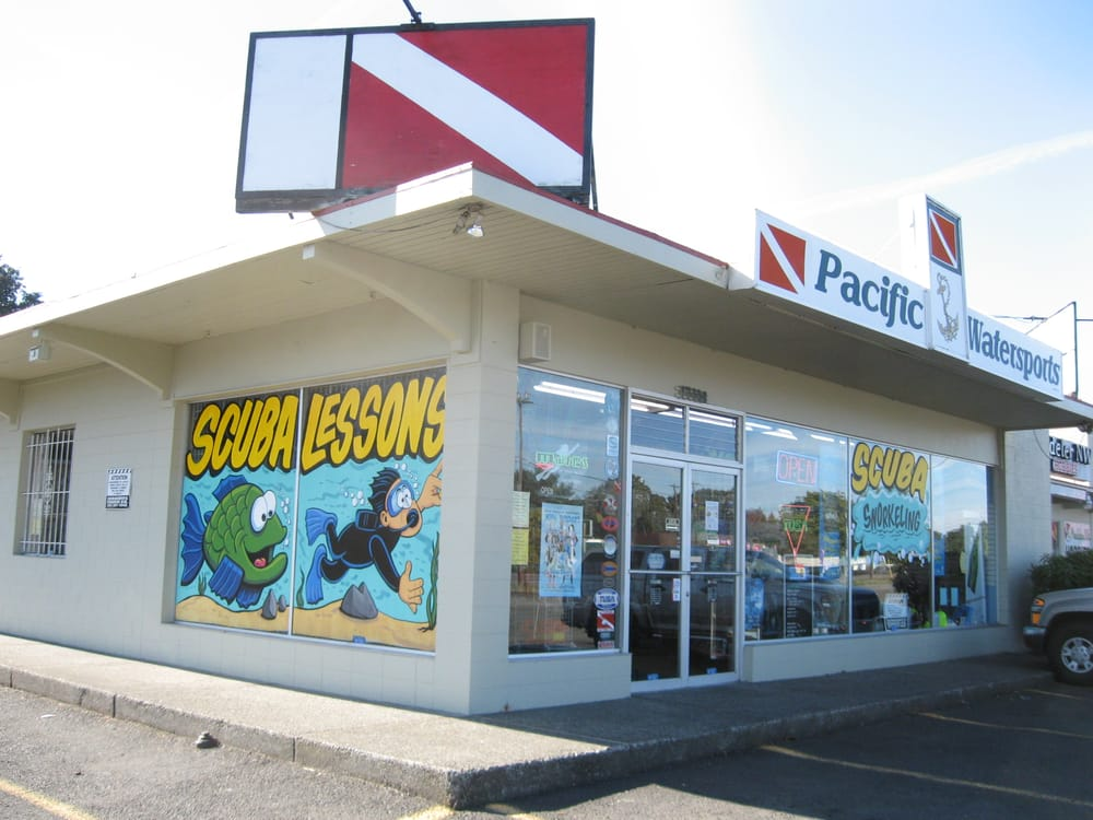 Pacific Watersports: 17128 SW Shaw St, Aloha, OR