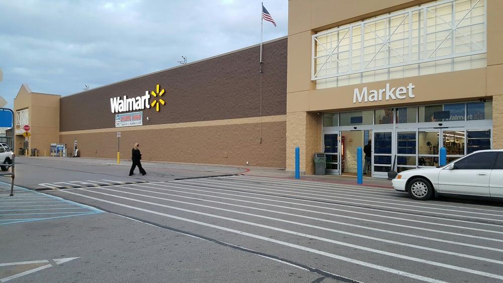 Walmart Supercenter: 805 US Highway 27 S, Cynthiana, KY