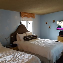 boyne falls chat rooms Book brown trout & falls motels, boyne falls on tripadvisor: see 18 traveler   we rented a room as an extended stay with the understanding that we would not .