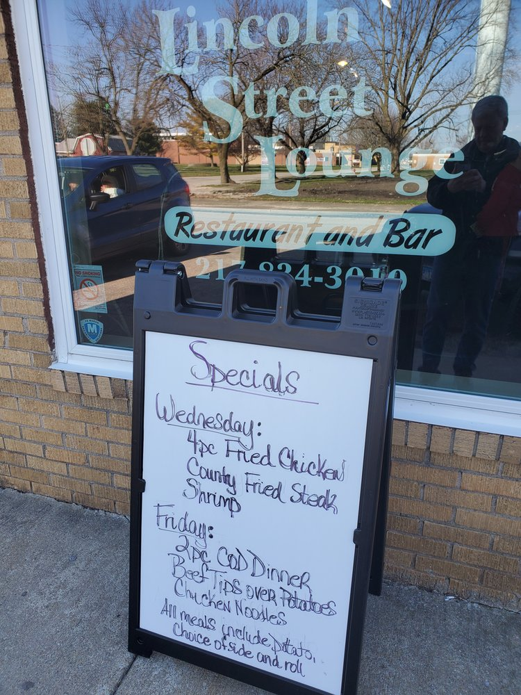 Lincoln Street Lounge: 112 S Lincoln St, Broadlands, IL