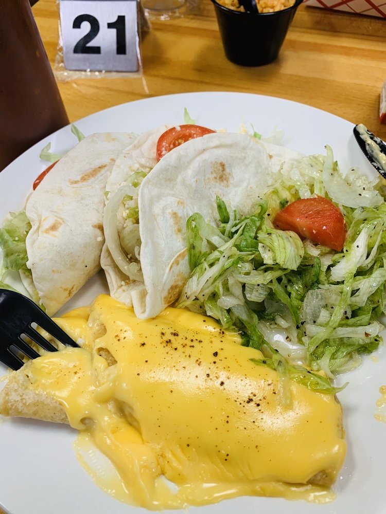 The Taco Dive: 1452 119th St, Whiting, IN