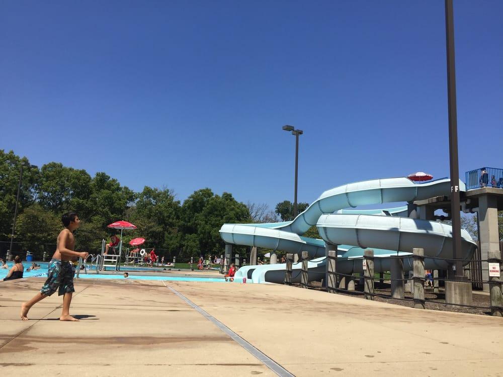 Whealan Pool Aquatic Center