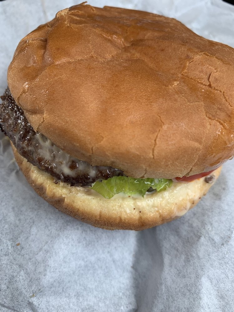 Burger Queen: 109 S F St, Lakeview, OR