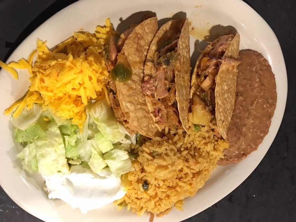 Mi Mexico Restaurant Jalisco Style: 1743 E Hwy 97, Jourdanton, TX