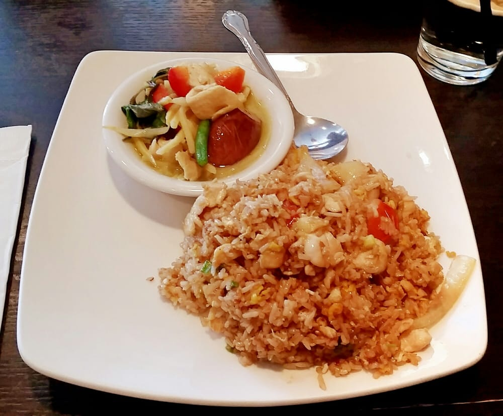 Thai Ashburn: 44031 Ashburn Shopping Plz, Ashburn, VA