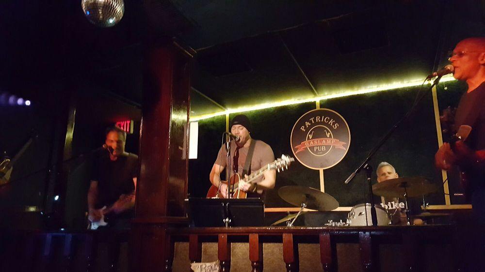 Patricks Gaslamp Pub