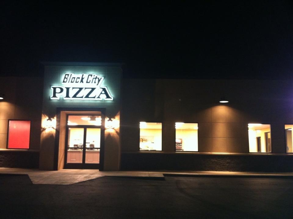 Block City Pizza 30 Foto Pizzerie 276 Main St S Mckenzie Tn