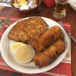 Pat s oak manor 12 reviews venues event spaces for Friday night fish fry near me