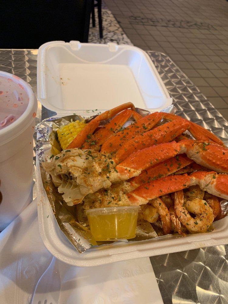 Carters Seafood: 512 Reverend Abraham Woods Jr Blvd, Birmingham, AL