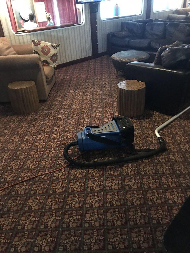 Vacuum Cleaner In Restaurant Yelp