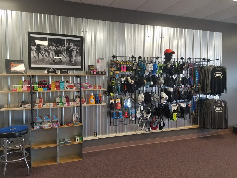 Peak Performance Fitness Gear: 4501 Southern Hills Dr, Sioux City, IA